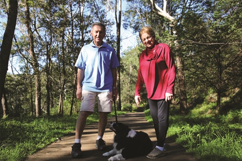 Les and Gloria Brown pictured at Eric Mobbs Reserve.JPG
