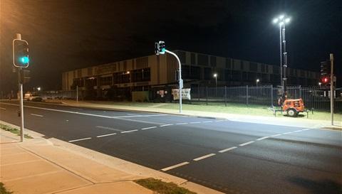 Traffic lights at Hezlett Rd.jpg